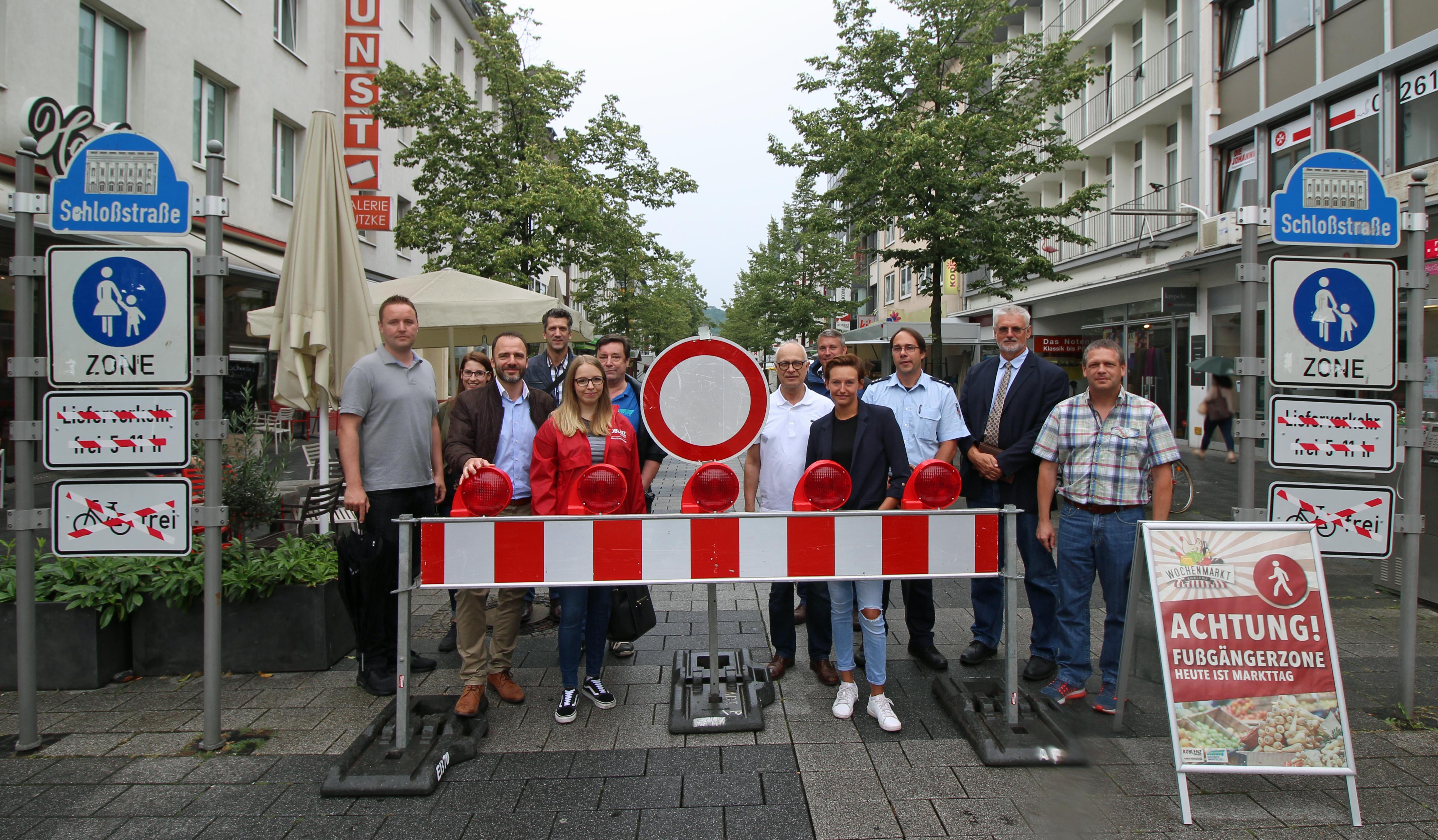 Testweise Sperrung Der Schlossstrasse Fur Wochenmarkt Koblenz